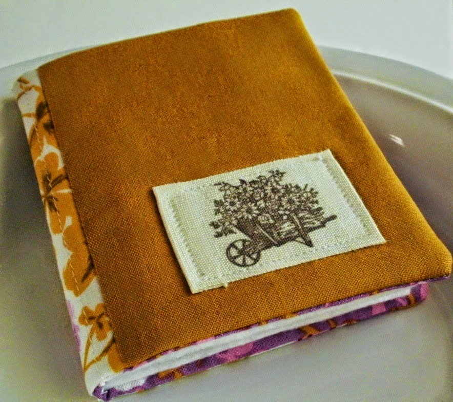 http://eamylove.blogspot.co.uk/2014/05/join-now-need-little-needle-book-swap.html
