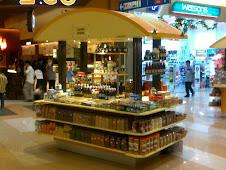 Kiosk madu kami di AEON Cheras Selatn Balokong,GF-04 berdepan laluan ke surau