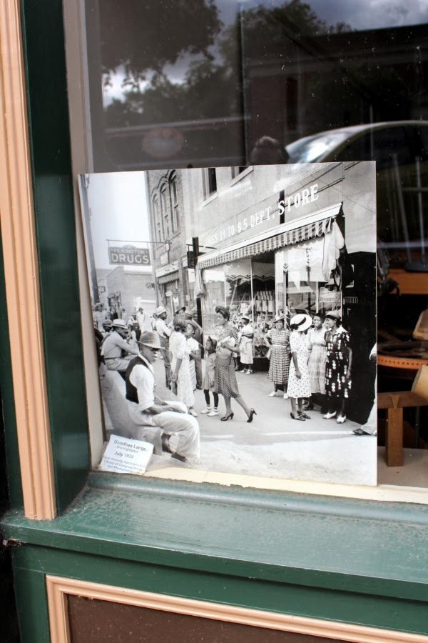 Store Front Photo from 1939 #NC #vintage #photograph