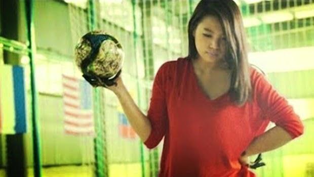 Gadis Cantik ini Juga Ikut Ramaikan Piala Dunia 2014 lho