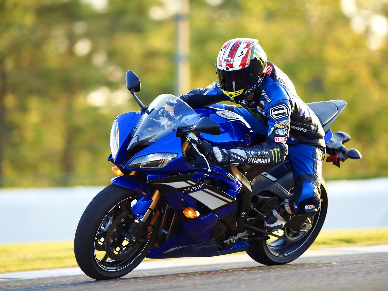Motorcycle photos, specifications review, insurance, lawyers