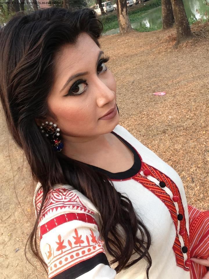 Pin on Bangladeshi Insta Girls