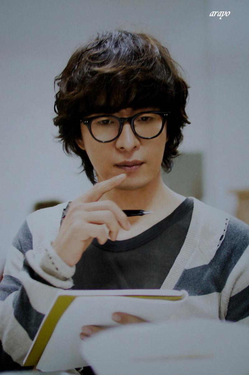 Bae Yong Joon  Wall03-1