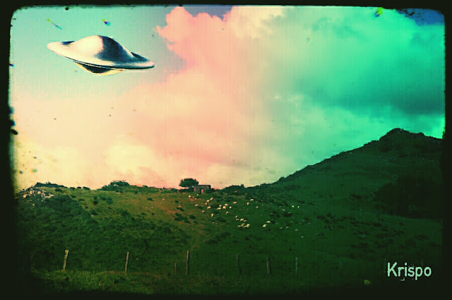 foto antigua de ovni sobrevolando el monte jaizkibel de hondarribia