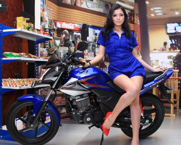 Info Harga-Model-Spesifikasi Motor Honda Verza 150 PGM-F1 2013, Motor Honda terbaru 2013