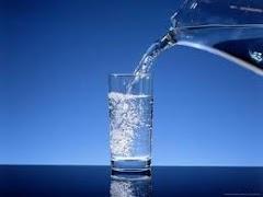 Kelebihan Minum Air Kosong Ketika Perut Kosong