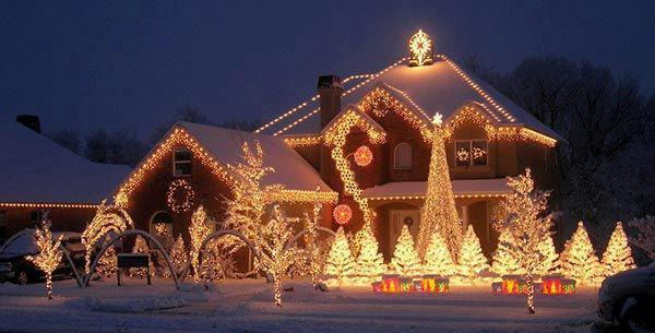 Case Di Montagna A Natale : Case di montagna a natale la casa di babbo natale a melegnano
