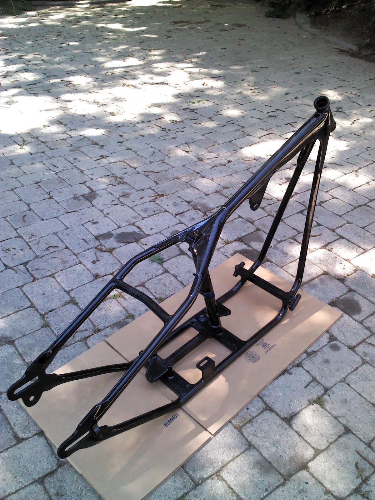 It\'s just junk parts cooperative..: Paughco Big Twin rigid frame ...