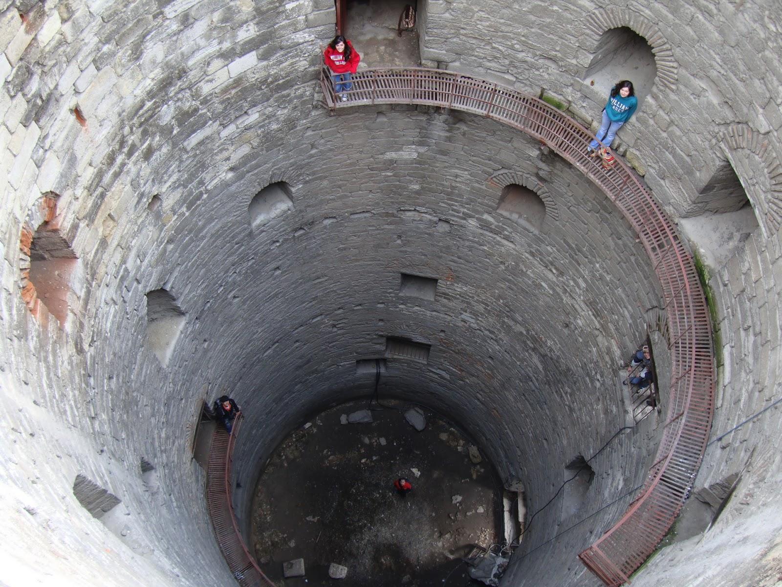 تعرف علي قلعة ييديكولي في إسطنبول