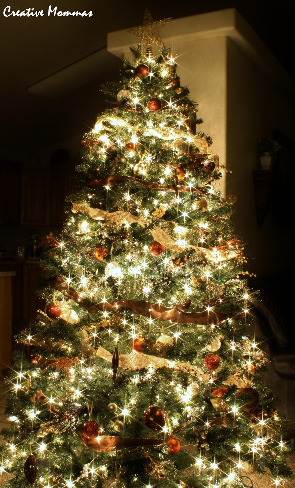 Http Acreativemomma Blogspot Ca 2012 12 Decorated Christmas Tree Html