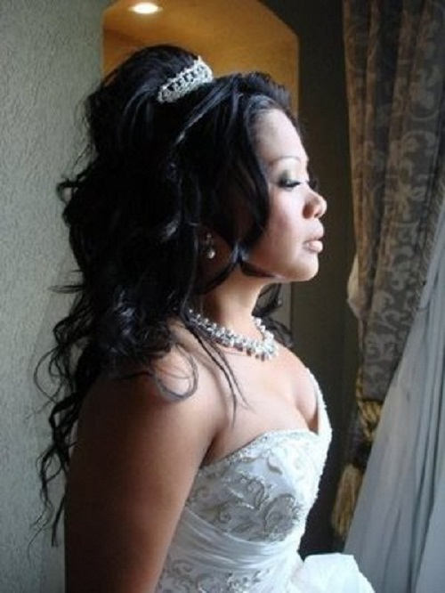 Half Up Half Down Black Women Hairstyles for Wedding