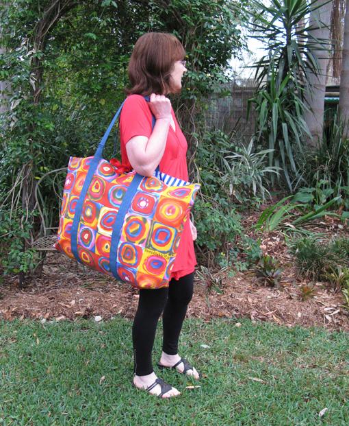 No Frills Extra Large Tote Bag TUTORIAL ~ Threading My Way