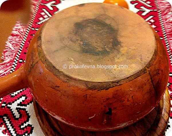 crack in clay pot
