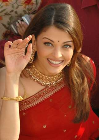 Aishwarya Rai Latest Hairstyles, Long Hairstyle 2011, Hairstyle 2011, Short Hairstyle 2011, Celebrity Long Hairstyles 2011, Emo Hairstyles, Curly Hairstyles