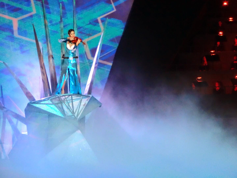 intimissimi on ice opera pop 2014, carolina kostner, stéphane lambiel, arena di verona, pattinaggio sul ghiaccio, violino, orchestra, catharina chen