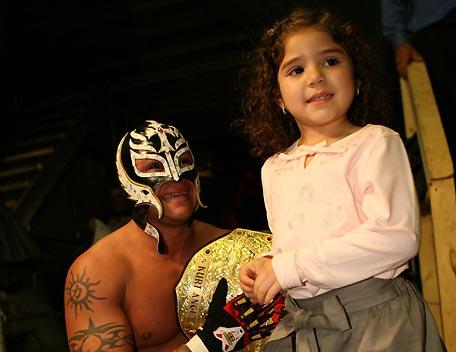wwe rey mysterio wife 2012 wrestling all stars