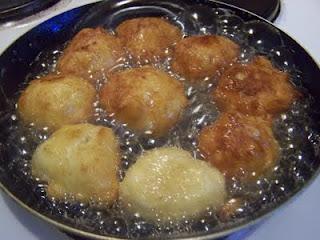 Buñuelos rellenos de crema en Thermomix®