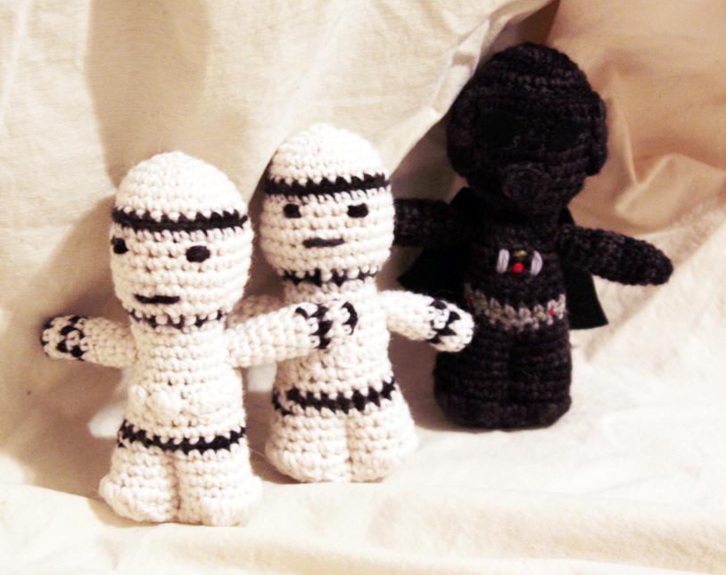 handmade by stefanie: FO Friday: Star Wars Amigurumi