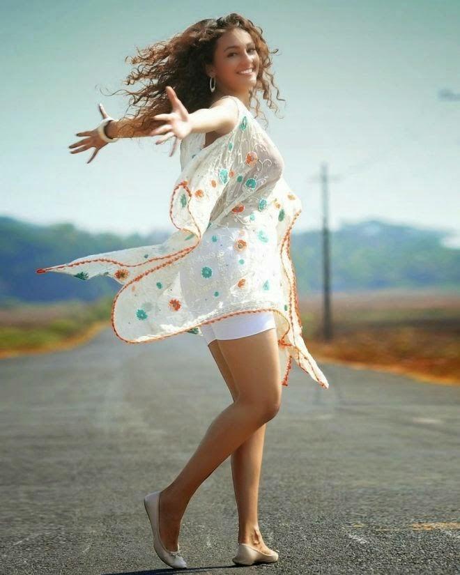 Seerat Kapoor Latest Photoshoot