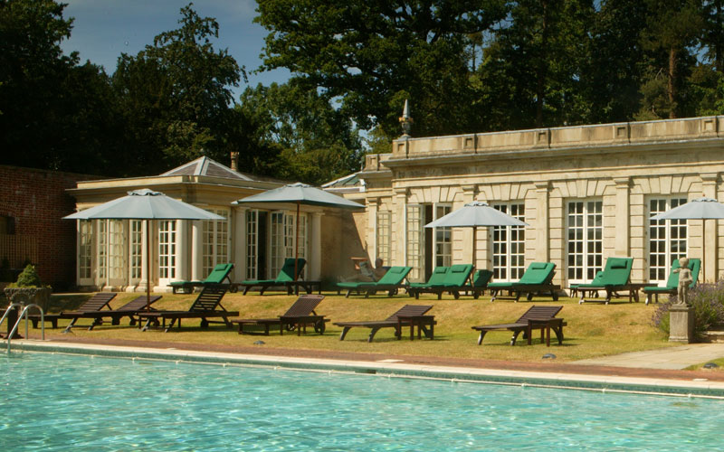 The best country house spa hotels in the south blonde vision - Uk hotels with outdoor swimming pools ...