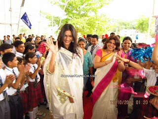 Sonam Kapoor visit to Sunbeam school Varanasi