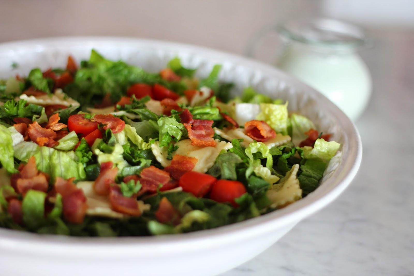 Bountiful Kitchen: BLT Pasta Salad with Buttermilk Ranch Dressing