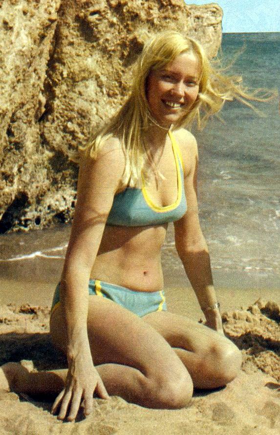 Alana de la garza topless - 2 part 9