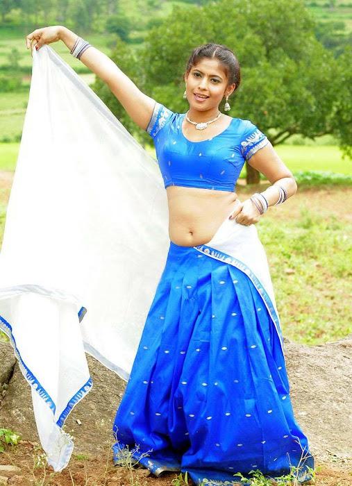 Sairabhanu Saree Below Navel Show Photos,masala saira banu saree blouse glamour  images