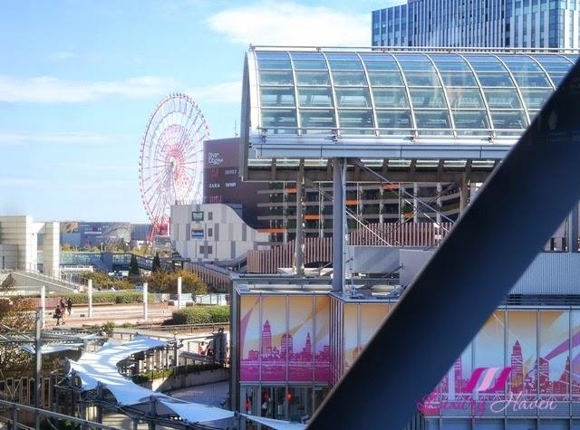 tokyo yurikamome odaiba landmark view of ferris wheel