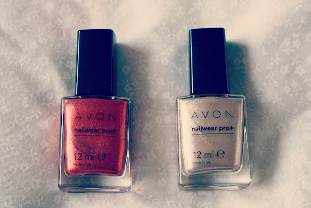Avon-nailwear-pro-lucky-penny-golden-vision-review-blog-post