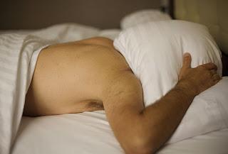 tips kesehatan cara mengobati insomnia susah tidur orang dewasa