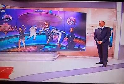 Rodrigo Guedes Carvalho goza à grande com Miley Cyrus no telejornalRodrigo Guedes Carvalho goza à grande com Miley Cyrus no telejornal