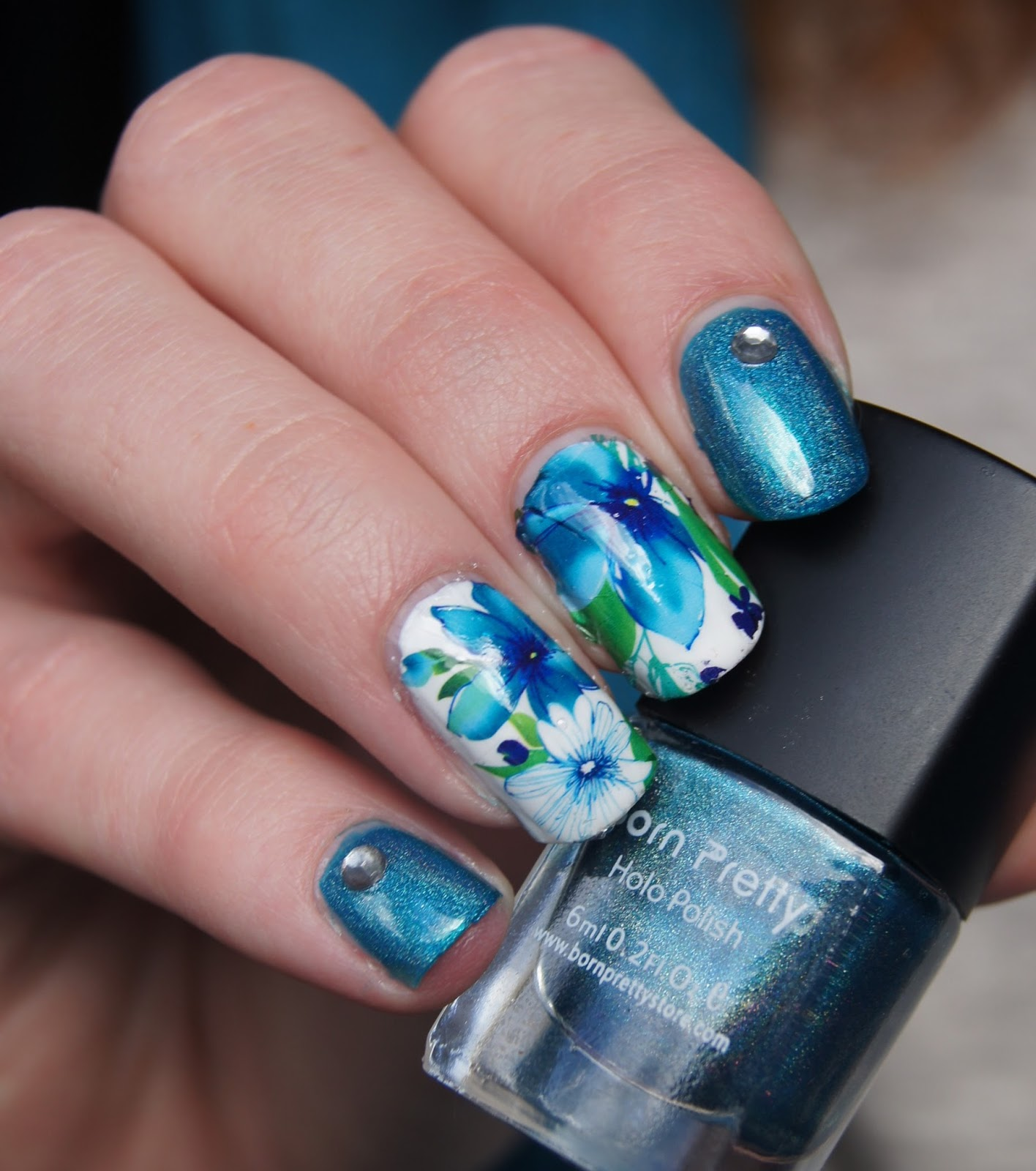 nail-art-studs