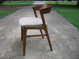menjemur furniture untuk mengatasi dari jamur