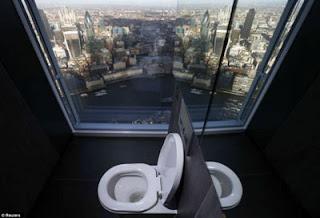 Toilet Terindah di Dunia