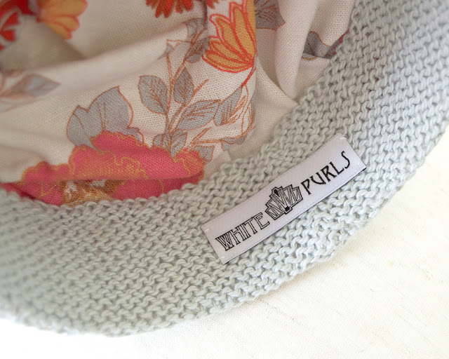 Pillbox Hat - Holly - Inside View