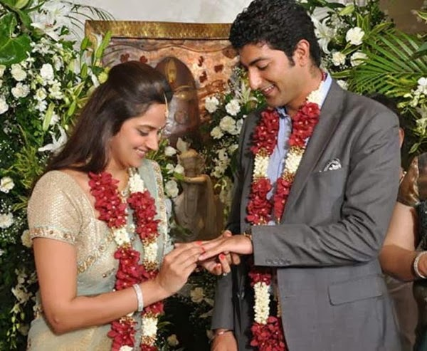 Ahana Deol With Vaibhav Vora ring