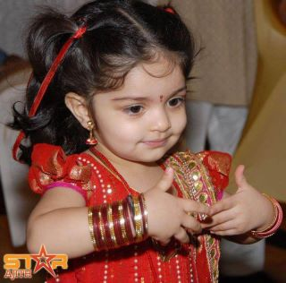 Ajith's Daughter Anoushka 1