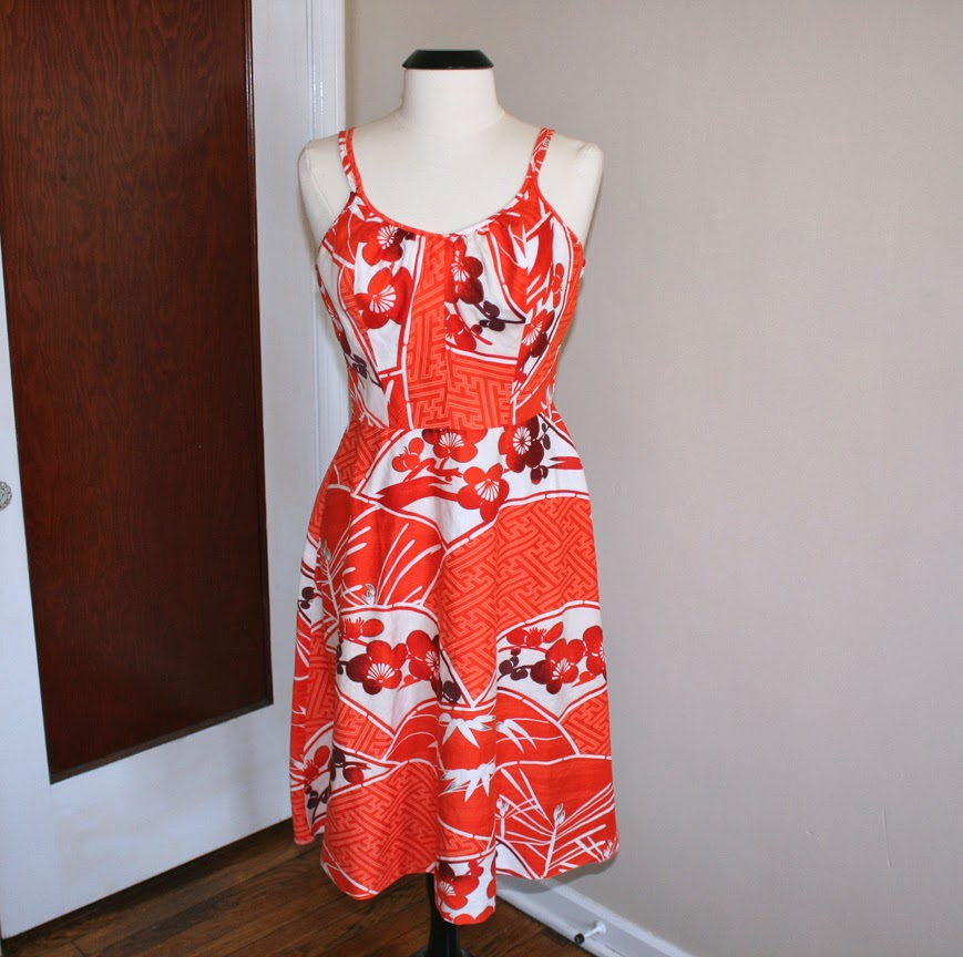 Vintage Sun Fashion Hawaiian Dress