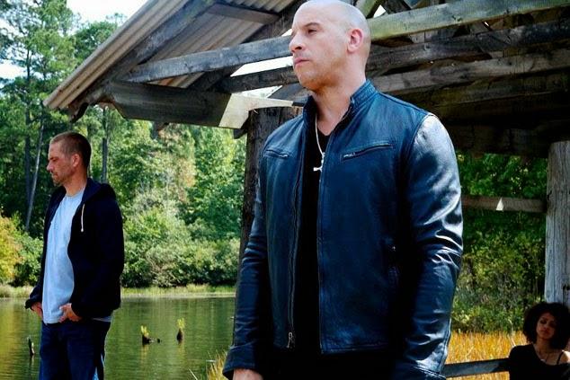aksi van diesel di film fast to farious pake jaket kulit hitam