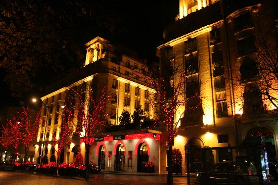 World 39 S Famous Hotels Four Seasons Hotel George V