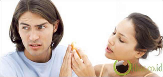 http://www.lihat.co.id/2013/06/5-kesalahan-wanita-yang-susah-dimaafkan.html