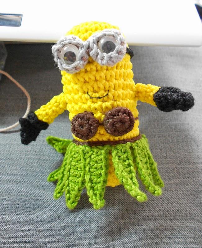 Firefly Crochet: Crochet Amigurumi minions