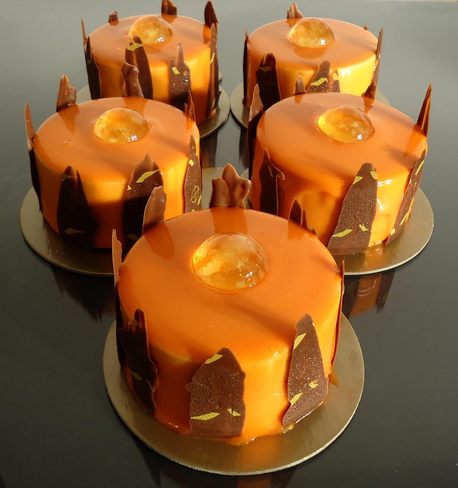 Minicuisine entremets orange caramel et noisettes for Glacage miroir caramel