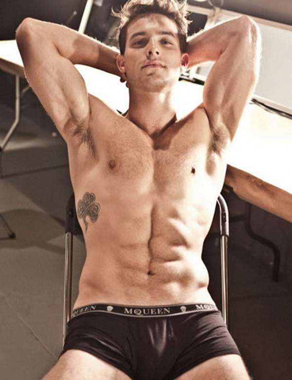 Male Model Anthony Gre...