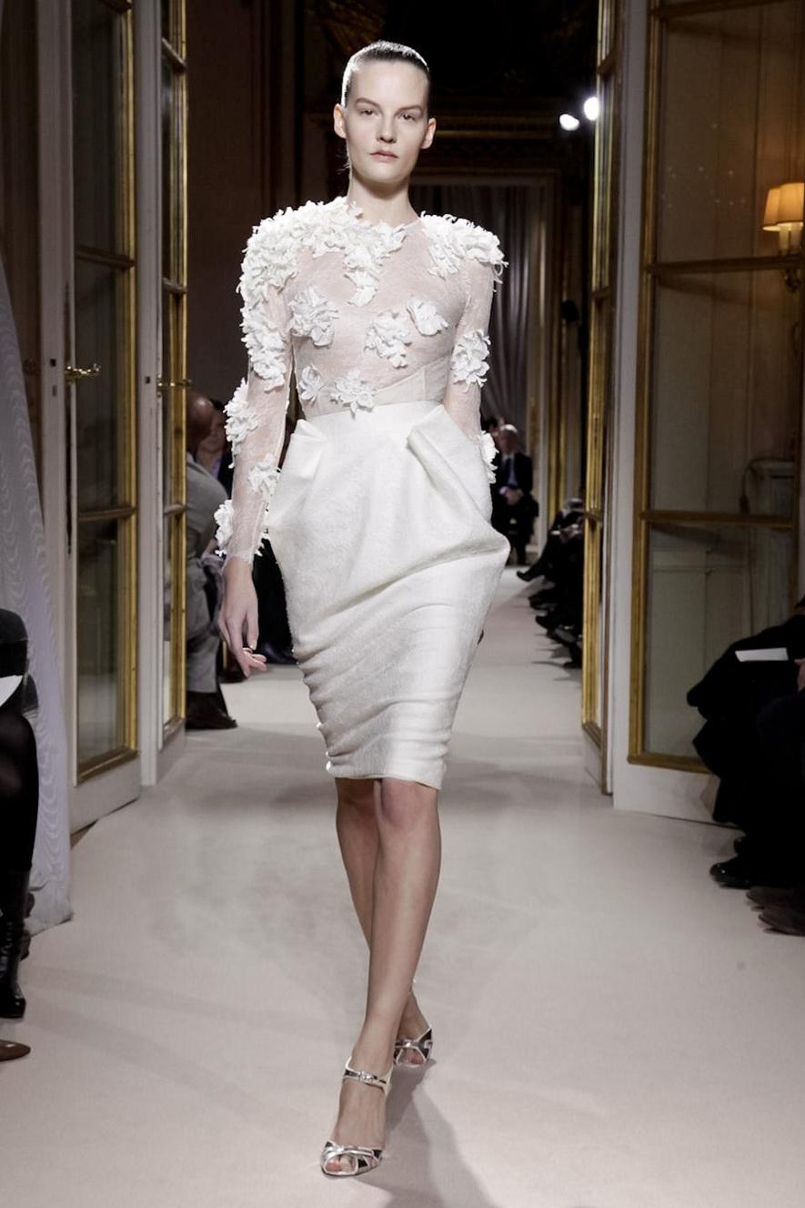 L 39 instant magic giambattista valli haute couture s s 2012 for Haute couture translation