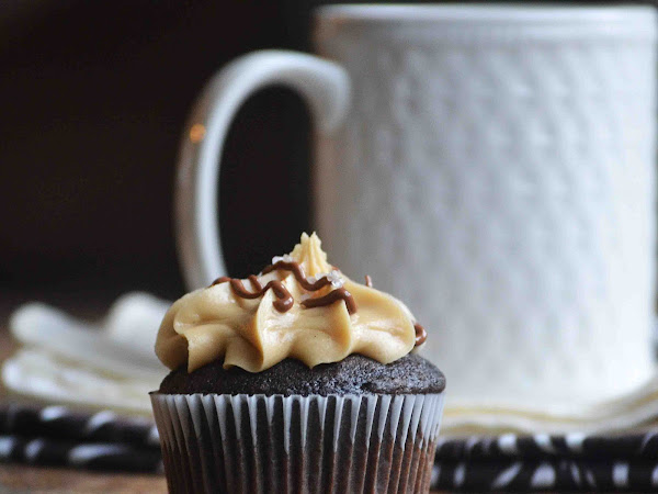 Sea Salted Caramel Mocha Cupcakes and a Birthday Link  Up Party!!