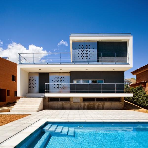 Aguilera guerrero agua arquitectos - Arquitectos tarragona ...