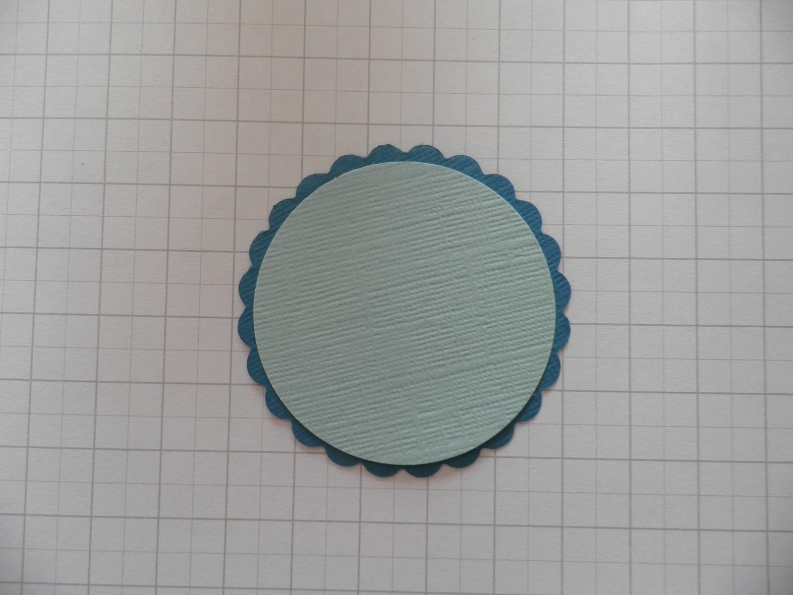 Abc du scrap tuto rond de serviette for Petit miroir rond a coller