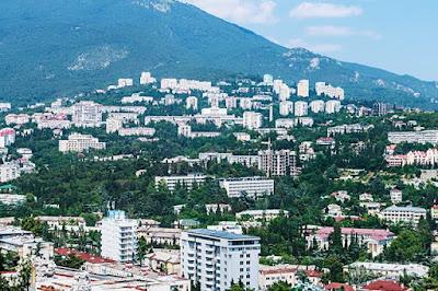 Дороже, чем в Москве: сколько стоит купить квартиру у моря в Крыму